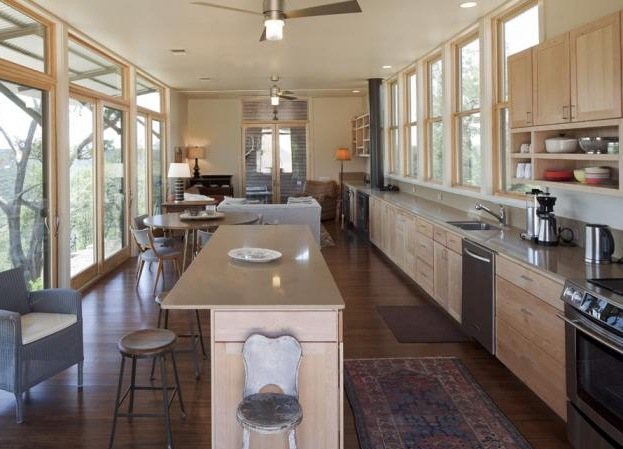 Modern Ceiling Fan Lends Cool Modern Touch To Texas Space