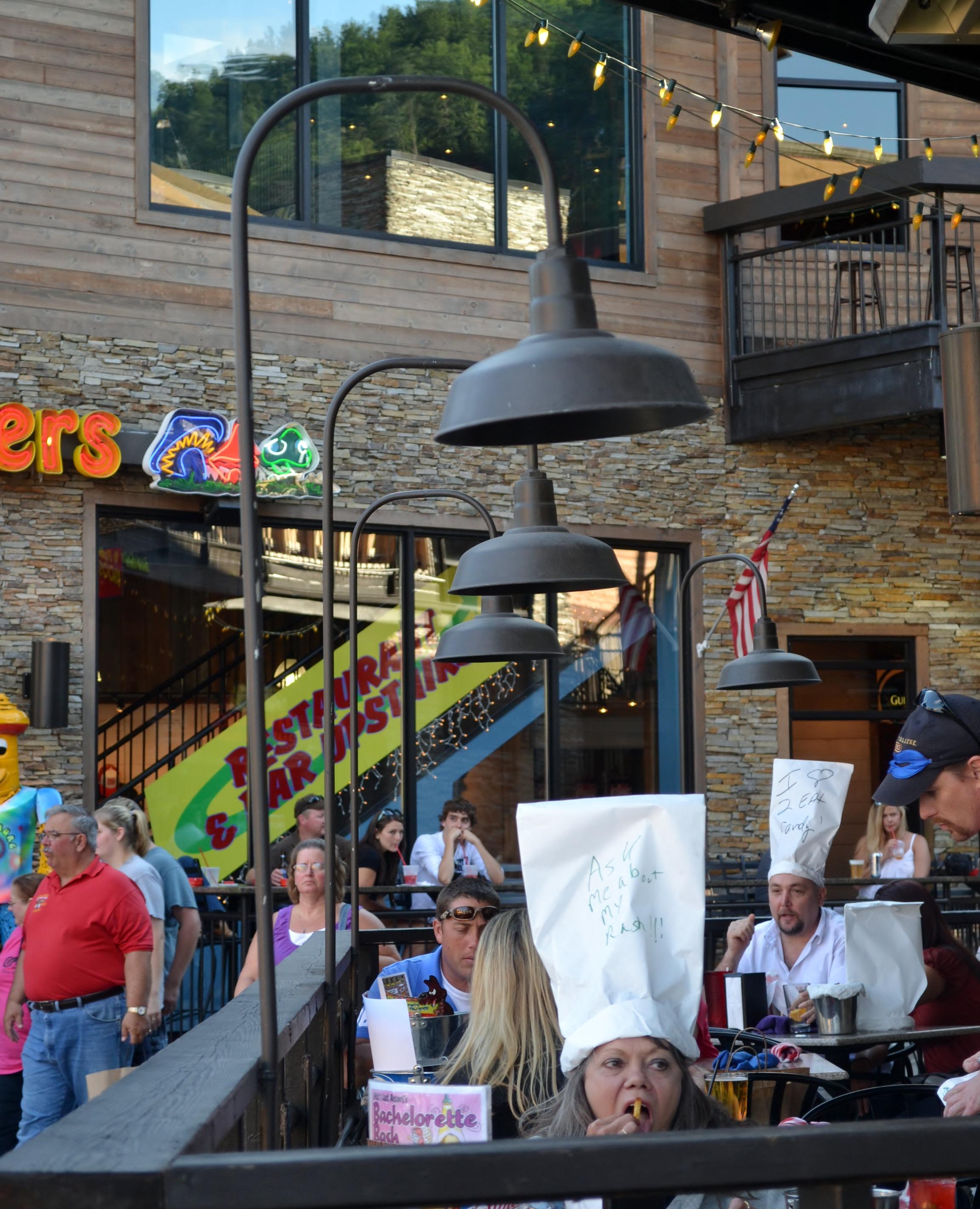 Post Mount Warehouse Shade Illuminates Restaurant Patio