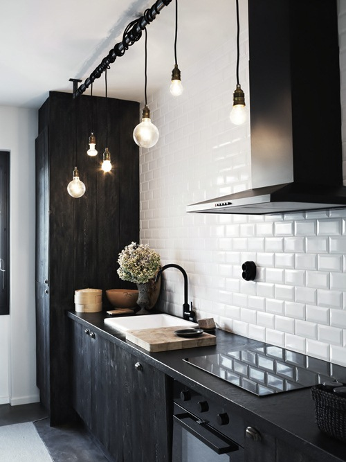 industrial_bare_bulb_pendant_kitchen_lighting