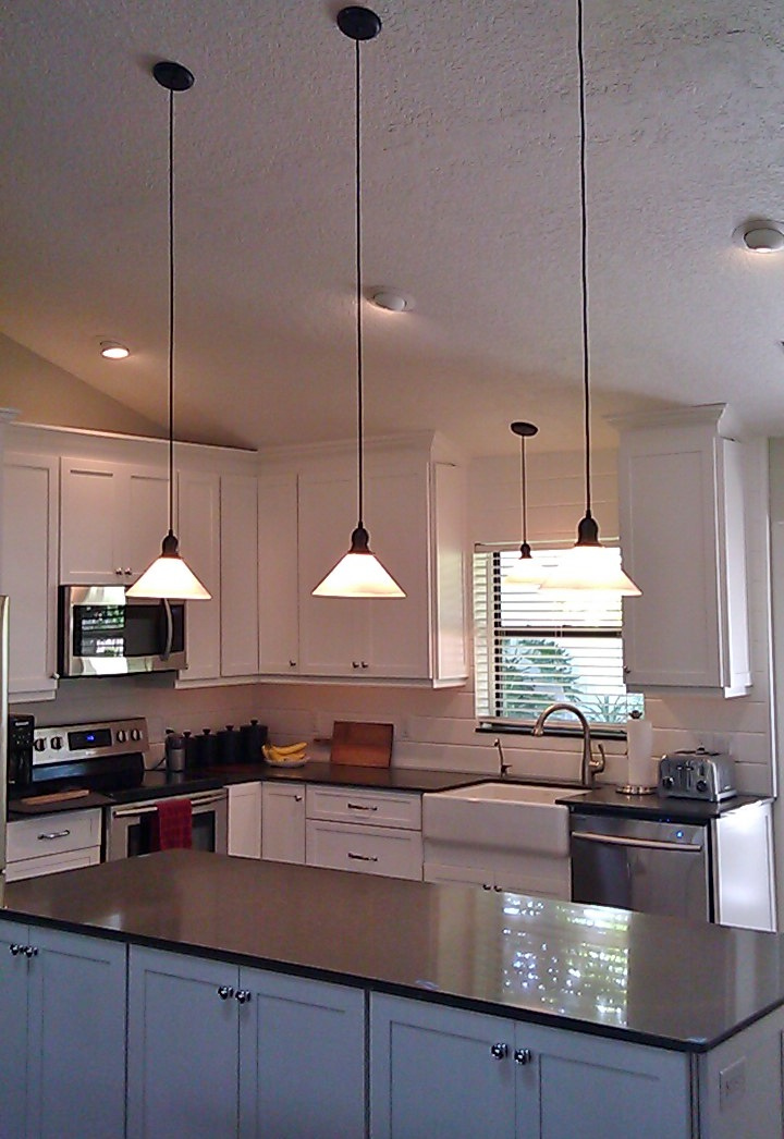 Glass Shade Pendants Bring Vintage Flavor To Kitchen Remodel Inspiration Barn Light Electric