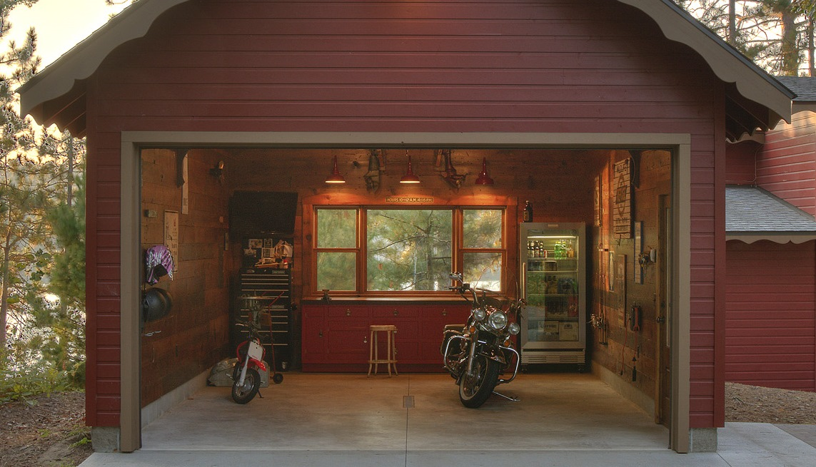 Old Barn Garage : Classic gooseneck barn lights give new space old garage