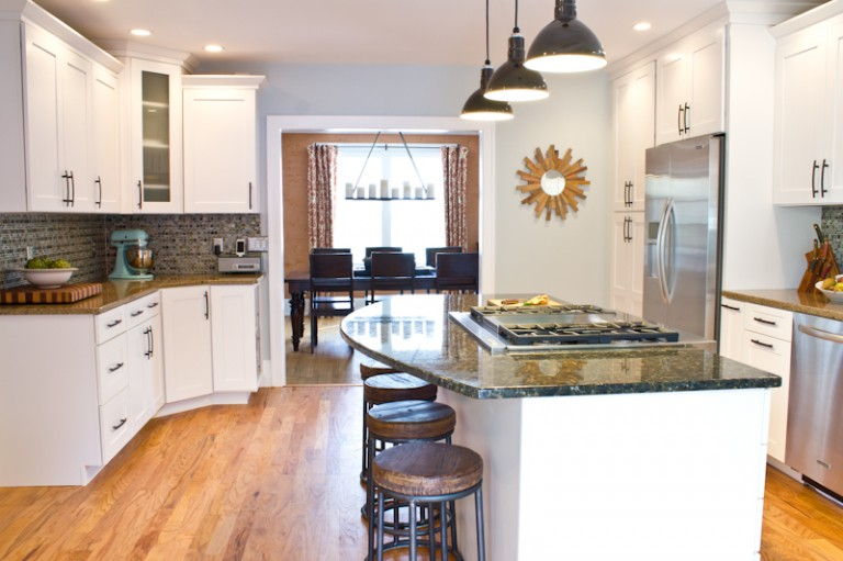 Uplighting Vs Downlighting How To Choose The Right Fixture Blog - Kitchen up lighting