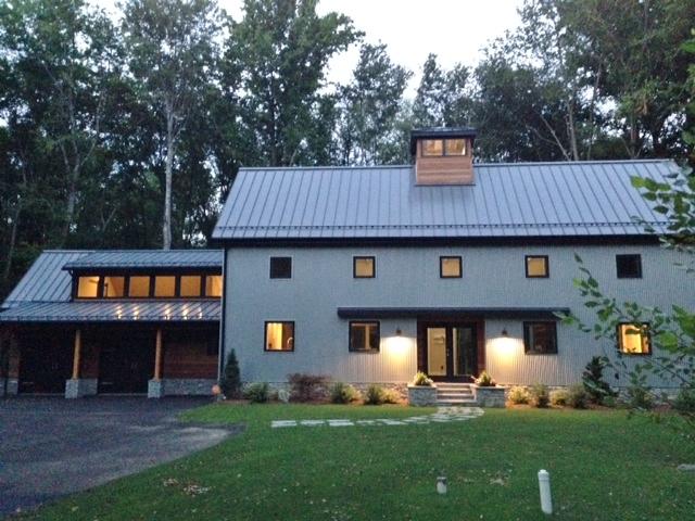 Barn Lights Industrial Pendants Highlight Cousins