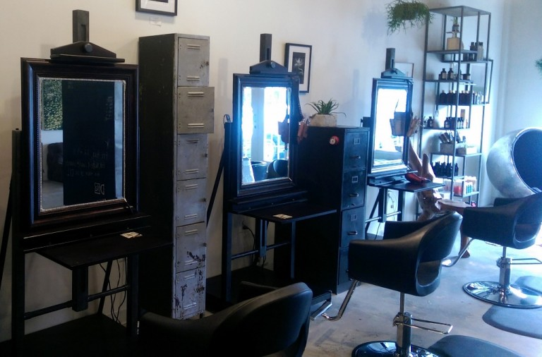 Gooseneck Wall Lights Exude Modern Style In Salon Blog