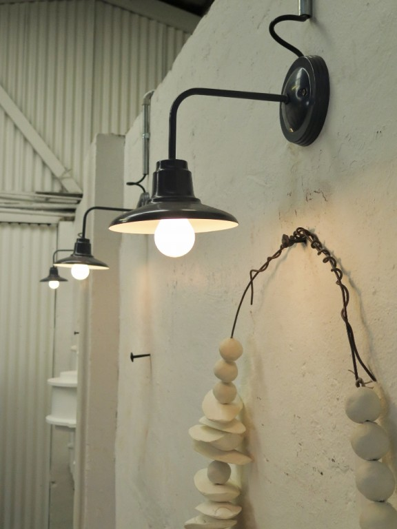 Barn Light Wall Sconce | Zef Jam
