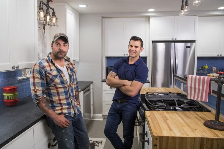 Genial Guest Blogger | HGTVu0027s The Cousins Dish On Kitchen Lighting Tips