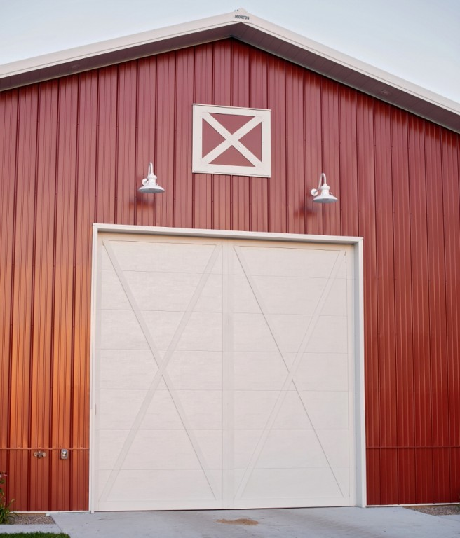 Laramie Barn Lights Add Traditional Touch To Metal Barn