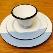Porcelain Enamel Dinnerware Makes a Splash on the Table