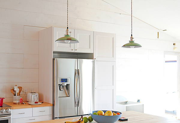 Porcelain Enamel Pendants Offer Vintage Style Modern