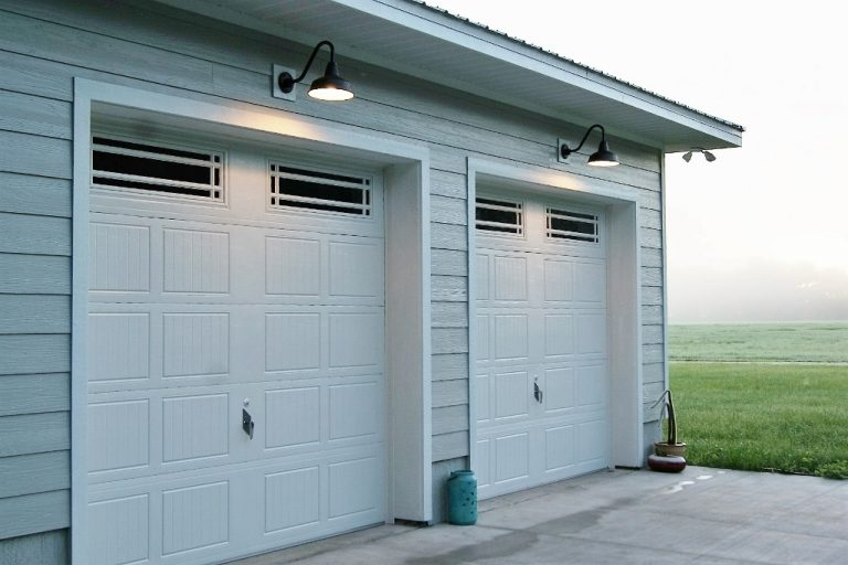 Gooseneck Barn Lights Offer Superior Downlighting For Garages Blog