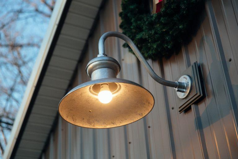 gooseneck barn light
