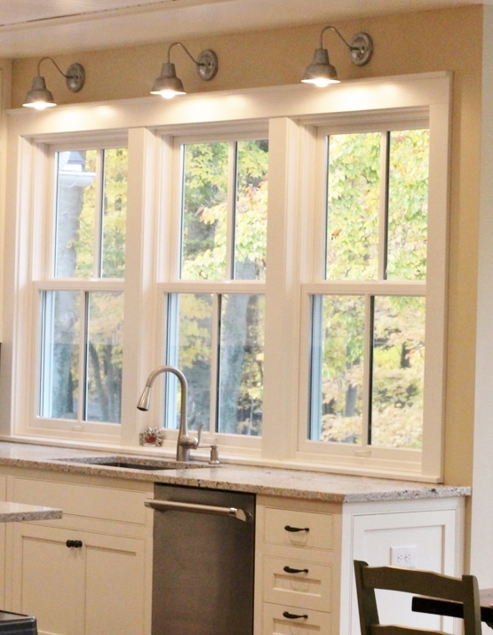 farmhouse kitchen lighting