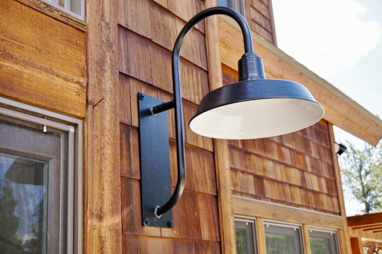 exterior barn lighting