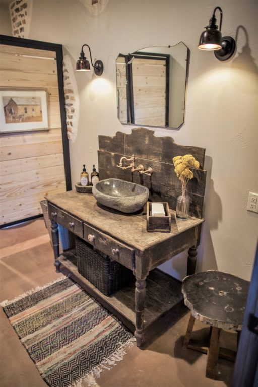 How To Choose Vanity Lights For Both Function Style Inspiration Barn Light Electric
