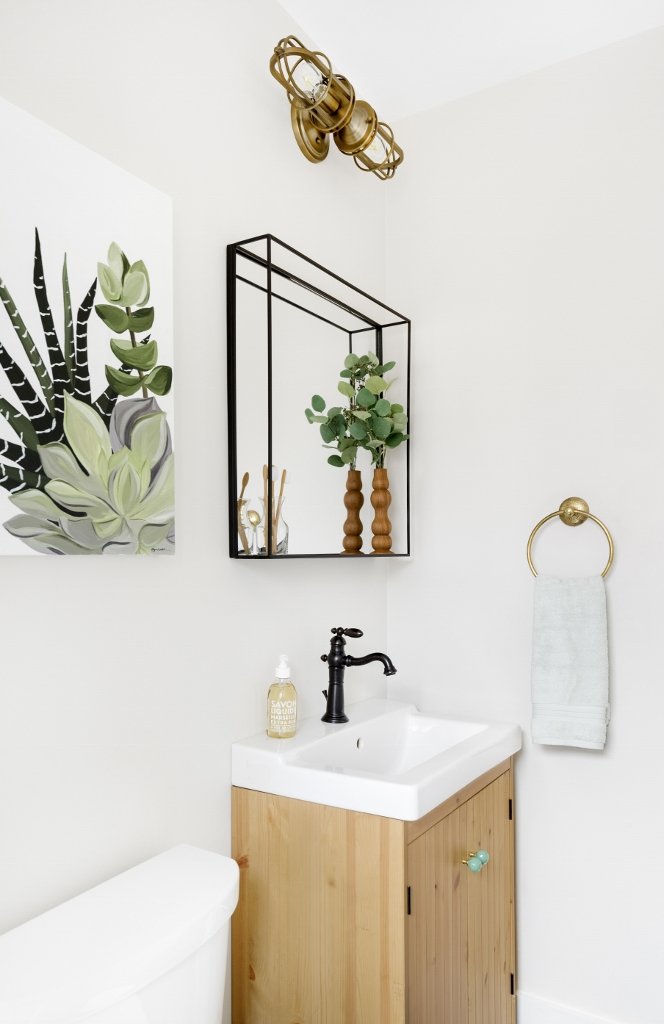 bathroom wall sconce
