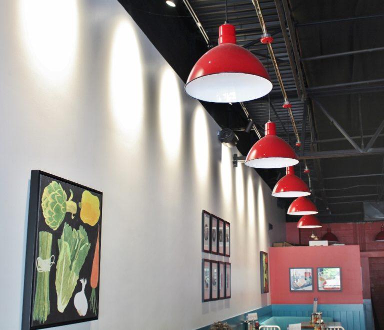 pendant lighting restaurant